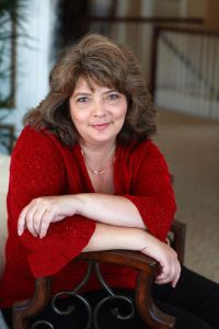 Author Suzanne Enoch