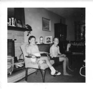 LauraHurwitzandbrother1950s or so back to school